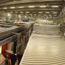Die Experimentierhalle Petra 3 steht auf einer 1m dicken Betonplatte die in einem Stück gegossen wurde, um Schwingungen zu minimieren